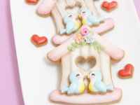 Birdhouse cookies